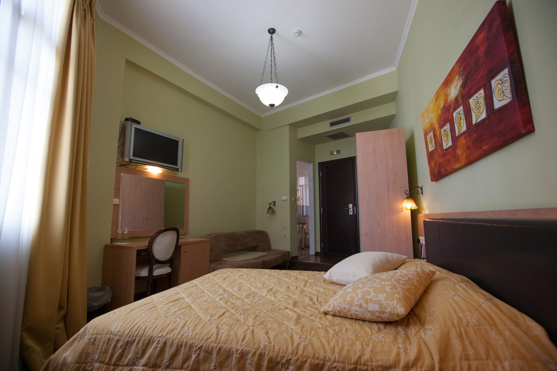 rooms8.jpg